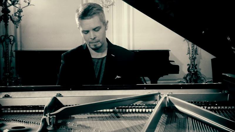 Dmitry Myachin plays Claude Debussy: Clair de lune (Suite bergamasque, L. 75)