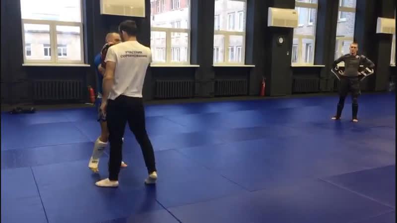 Александр Саночкин - утренние тренировки