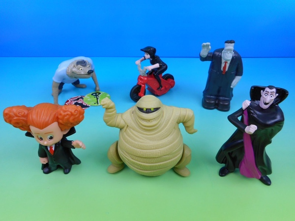 2015 HOTEL TRANSYLVANIA 2 SET OF 6 McDONALD'S HAPPY MEAL KIDS MOVIE TOYS VIDEO REVIEW