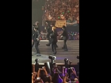 180323   [FANCAM] Dae Hwi Focus Sorry Sorry on KBS Music Bank Chile 2018