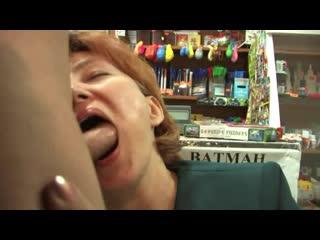 Русское, наехал на зрелую в магазине saleswoman fucks with homeless  free mature hd