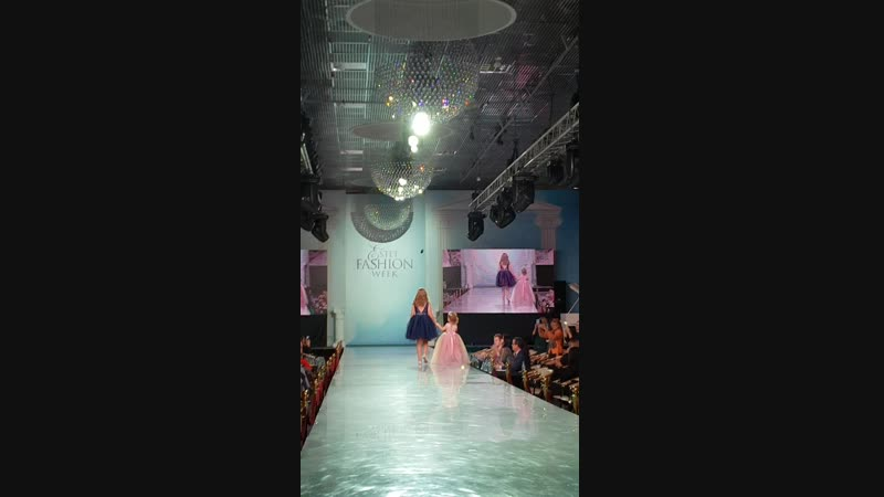 Estet Fashion Week показ от FMkids