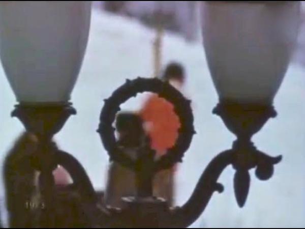 Воскресный день Зимой на Ленинских горах 1973 год Кинозарисовка