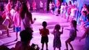 Детская дискотека. Дети танцуют чучува, мы маленькие звезды. Анимация в Турции