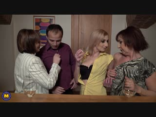 This bartender gets a special tip from these three naughty mature ladies - http://www.vidz7.com