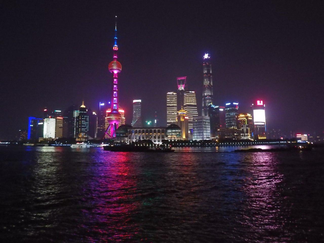 Где любоваться вечерним Шанхаем