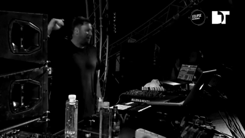 UMEK playing Sebastian Groth - Snow Leopard (Gary Burrows Remix) [Eclipse Recordings]