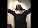 Айза Анохина зачитала рэп в облачении монахини
