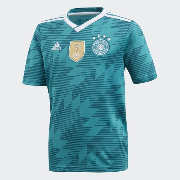 Гостевая игровая футболка сборной Германии