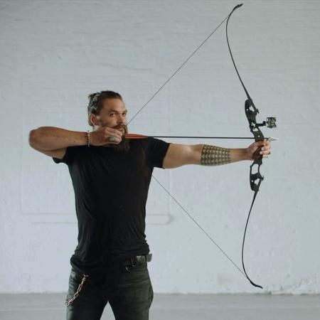 "Arrow on Instagram: ""Bullseye. Stream Arrow on The CW App and see Aquaman in theaters December 21."""