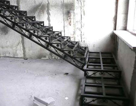 Чертеж металлической лестницы