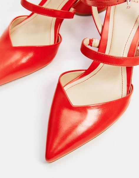 Туфли с ремешком на щиколотке, на среднем каблуке