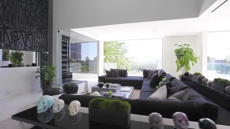 Hollywood Hills House - 9066 St. Ives Beverly Hills CA