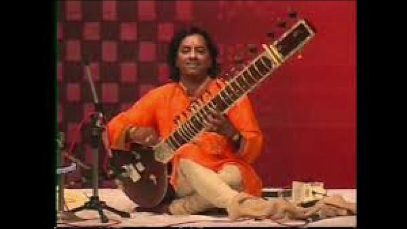 Rag yaman-- Avaneendra Sheolikar sitar Mukesh Jadhav tabla 06 03 2016 T 015