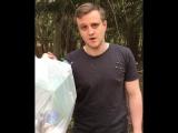 Игорь Огурцов убирает мусор - Закон Каменных Джунглей