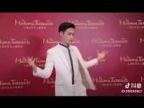 180320 EXO Lay Yixing @ Madame Tussauds Shanghai Douyin App Update
