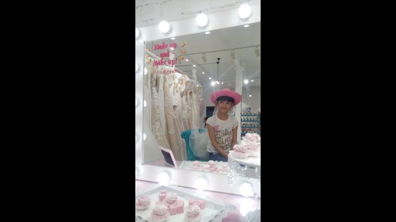 Мои НевестыСвадебный Салон Jully BrideСвадьбаПокупаем платье невесты