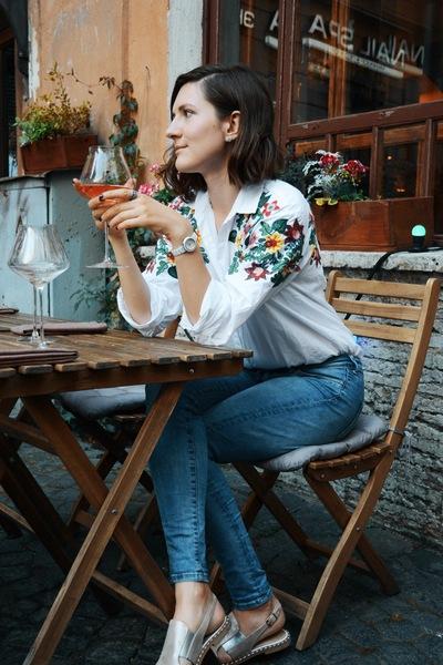 Александра Кочанова