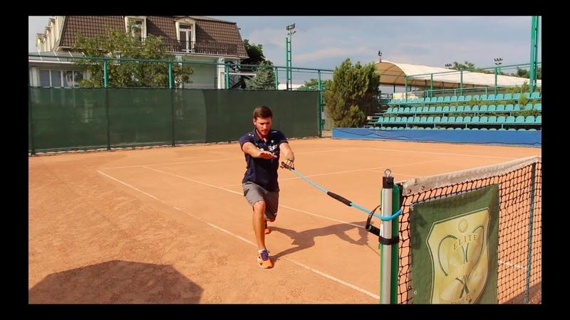 Разминка для теннисистов на корте Warm up for tennis players