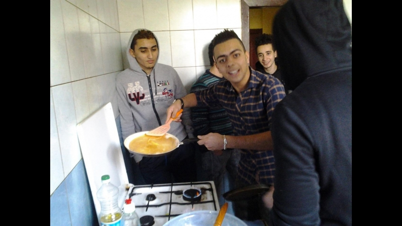 Студенти Полтавської аграрної академії показали бруд та тарганів у гуртожитку за $20 в місяць