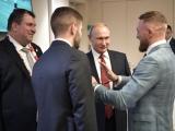 Конор МакГрегор встретился с Владимиром Путиным на финале ЧМ по футболу 2018.