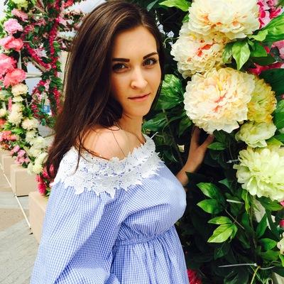 Анастасия Романовская