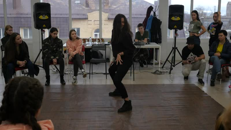 Судейский выход от Кати Коваленко (dancehall)
