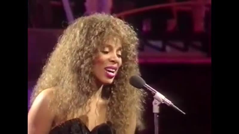 Donna Summer Dinner With Gershwin Live at Top of the Pops 1987
