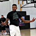 Kent Bazemore in 1v1s was hitting half court shots like it was layups
