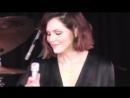 Выступление с песней «I've Got You Under My Skin» в парке Марина-Дель-Рей   09.08.18