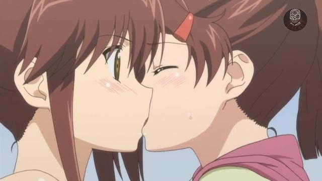 Поцелуй сестричек KissXsis niteboy why why · coub коуб