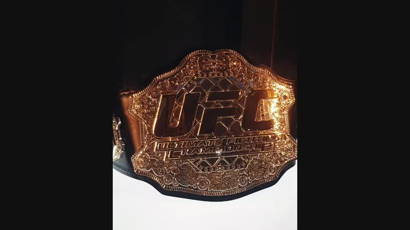 ТУР ПОЯСА ЧЕМПИОНА UFC @khabib_nurmagomedov 💣💥 Вчера удалось поработать на крутейшем мероприятии в @trc_fantastika 🔥Ещё до нача
