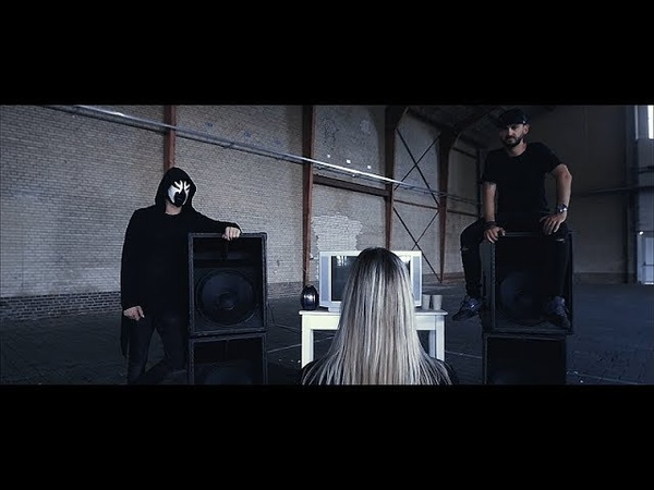 Crypsis D-Fence - Vol Gas Met Die Bas (Official Videoclip)