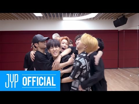 Stray Kids My Pace Dance Practice (Close up Ver.)