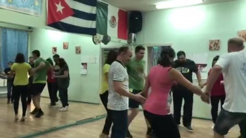 Клуб танцев Ляси Тряси Занятие руэдой