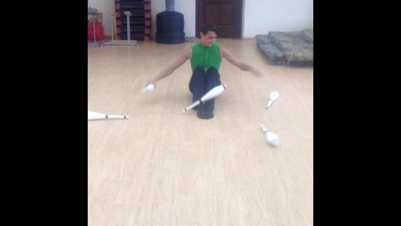 Рекордный трюк, жонглер Алексей Смирнов
