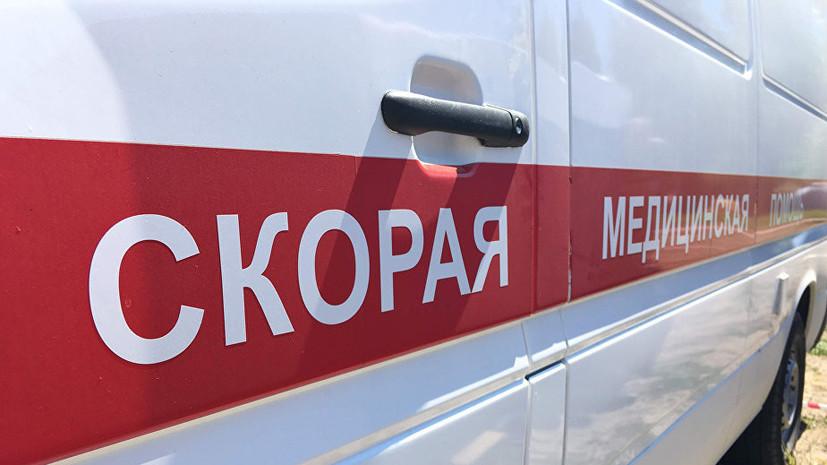 В Зеленчукской столкнулись автомобиль и мотоцикл