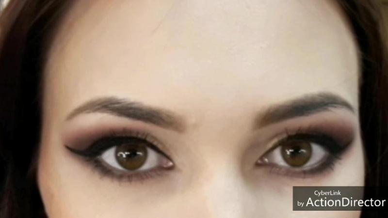 Очаровательные глазки модель Юлия
