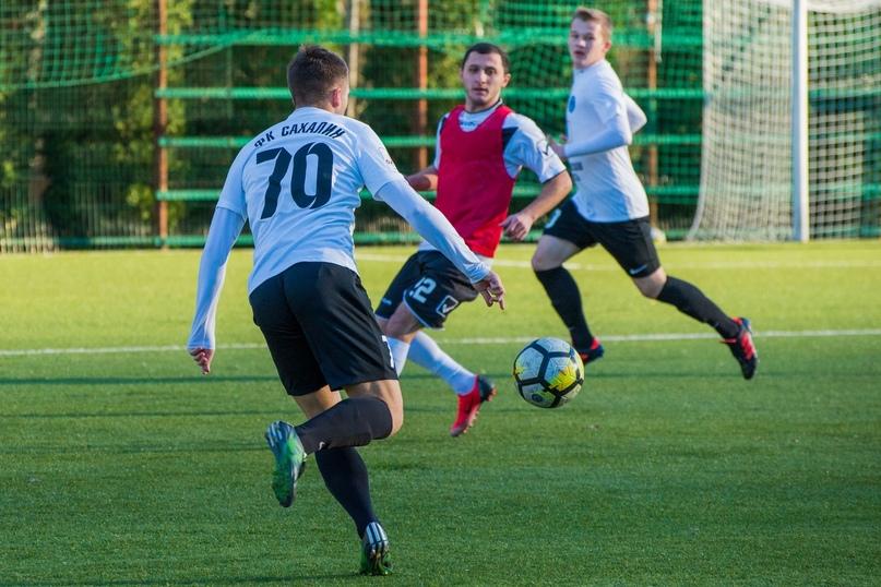 sportivnie-dirochki-foto-krupno-devushki-v-bane-i-dushe