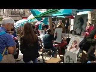 Площадь Тертр на Montmartre (Place du Tertre).