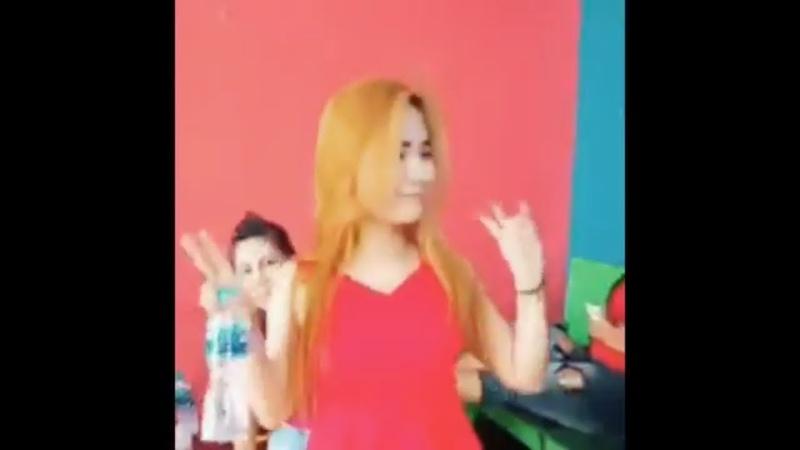 Dance bersama Cewek Cantik Seru Abis | TWICE Dance The Night Away (DJ Koplo Remix)