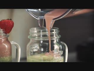 Салатово-розовый смузи