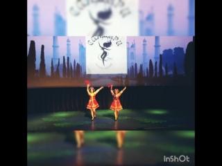 Казачий танец Молодычка . День рождения студии Сандари танец сюрприз( хореография Ляпина З.Н)
