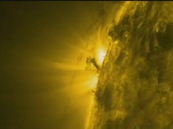 Solar Tornado filmed by Nasas SDO satellite