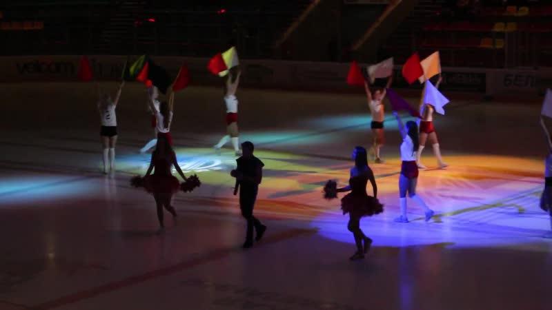 Танец группы поддержки Iceberg и выступление Александра Воронище