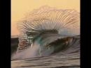Когда долго смотришь на море, начинаешь скучать по людям, а когда долго смотришь на людей – по морю. Харуки Мураками