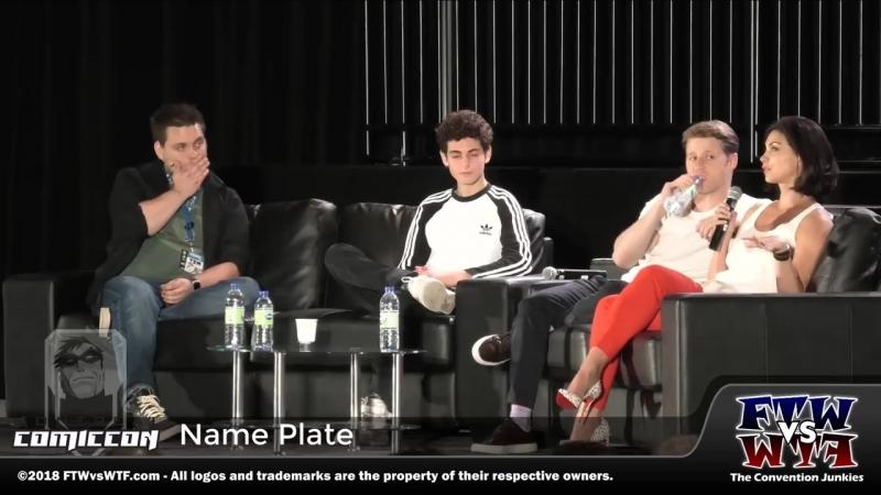 Ben McKencie, Morena Baccarin and David Mazouz at the Comic Con in Montreal - Presse Conference • 24/06/18