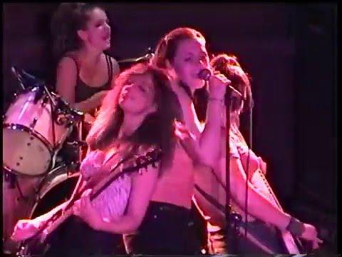 The Donnas - (Fitzgeralds) -Houston, Texas 7-14-99