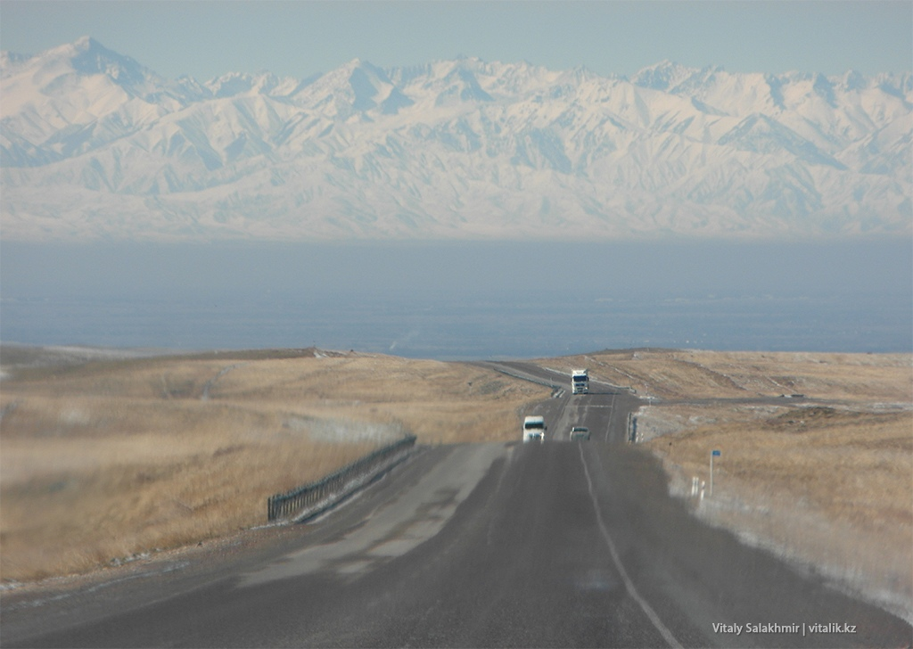 Дорога в Бишкек, май 2018