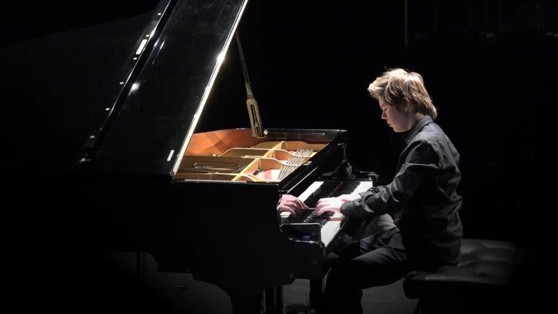 Franz Liszt Liebestraum - Michael Andreas Haeringer 14 y-o